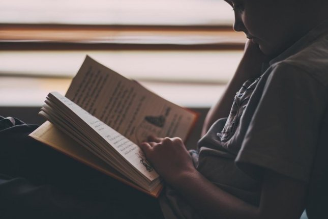According to new research, teenagers acquire as much 1,000 bits of language-related information every day. Photo by Pixabay/CC