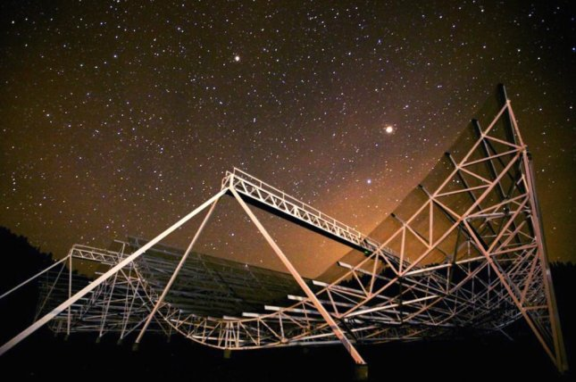 The Canadian Hydrogen Intensity Mapping Experiment telescope has recorded 13 new fast radio bursts, including a mysterious repeating signal. Photo by CHIME