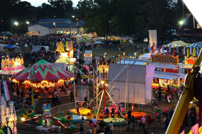 Deerfield Harvest Festival in New Jersey posted on Facebook this image of its amusement park area in 2014
