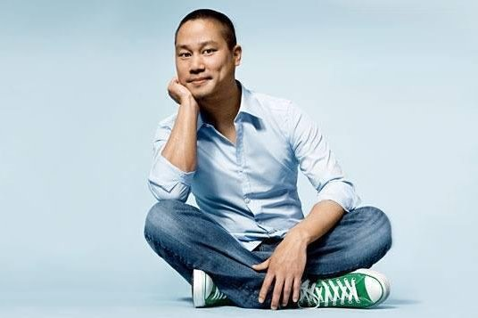 Tony Hsieh, 46, who was CEO of the online shoe and clothing retailer until August, died Friday. Photo via Zappos/Twitter