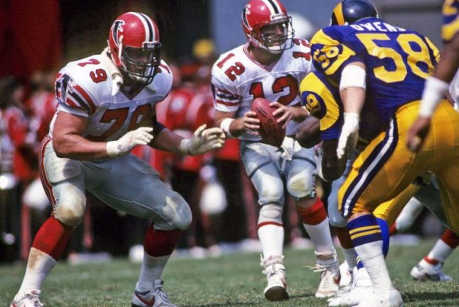 Former NFL All-Pro guard Bill Fralic (79) died Friday after a lengthy battle with cancer. He was 56. Photo courtesy of Atlanta Falcons/Twitter