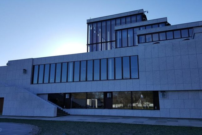 The Kunsten Museum of Modern Art in Aalborg, Denmark, loaned $85,000 worth of Danish kroner to artist Jens Haaning to use in two artworks, but the artist kept the cash and turned in two empty frames titled Take the Money and Run. Photo byAlex2life/Wikimedia Commons
