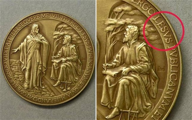 The Vatican quickly pulled coins commemorating the inauguration of Pope Francis off shelves after a typo was discovered. (Omniroma)