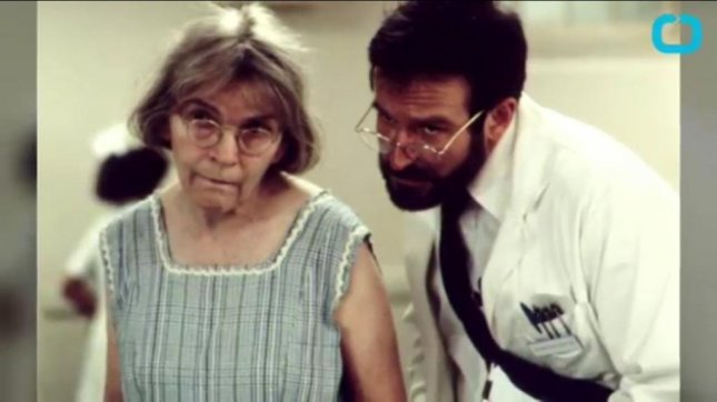 Alice Drummond and Robin Williams in a scene from the film Awakenings/YouTube