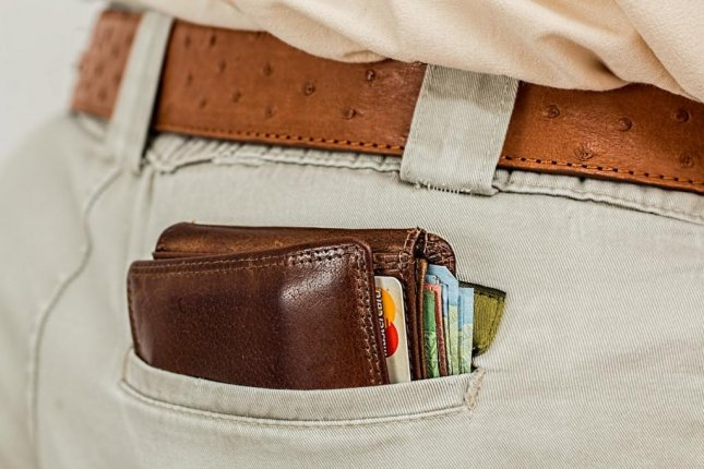 A London man's lost wallet was returned to him by a stranger who used his bank information and a series of transfers to get in touch. Photo bystevepb/Pixabay.com