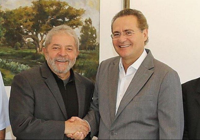 Brazilian Sen. Renan Calheiros (R) will stand trial in the Supreme Federal Court for allegedly embezzling nearly $28,000 to pay for child support for a child from an extramarital affair. Calheiros, seen here with former Brazilian President Luiz Inácio Lula da Silva, was removed from his post as president of the Federal Senate on Monday but that court decision was overturned on Wednesday. Photo courtesy Renan Calheiros