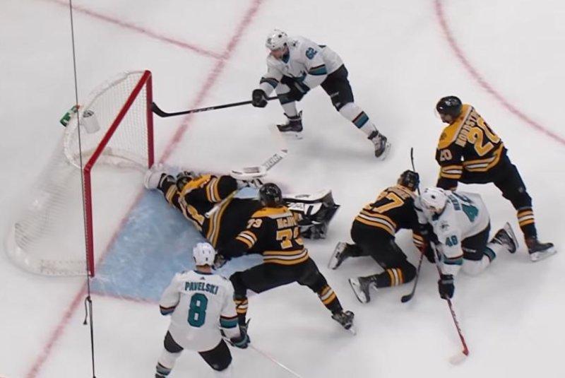 Watch Bruins Goalie Jaroslav Halak Extends Glove For Sensational