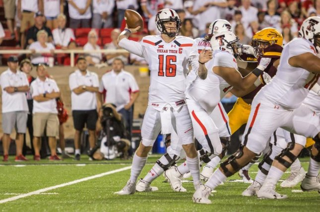 The Los Angeles Chargers agreed to terms with undrafted free agent quarterback Nic Shimonek (16), the team announced. Photo courtesy of Texas Tech Football/Twitter