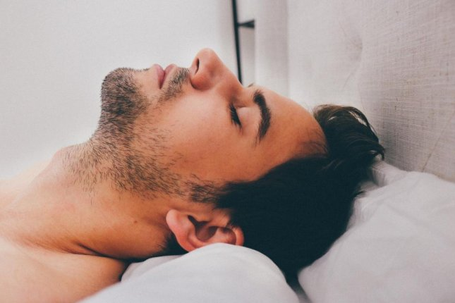 Researchers say that CPAP use can help prevent heart attack and stroke, even in people with non-sleepy obstructive sleep apnea. Photo by Olichel/Pixabay