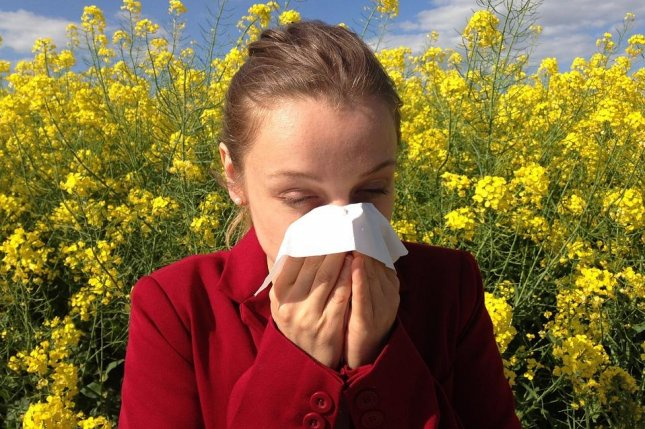 Research shows a new cancer drug has the potential to prevent reactions to common airborne allergens. Photo by cenczi/PixaBay
