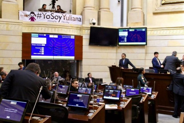 Colombia's Congress, pictured during a Senate session on Wednesday, unanimously approved an amnesty law in which some junior FARC members and some Colombian security forces members are free from prosecution if they are accused of minor crimes. Photo courtesy of Colombian Senate