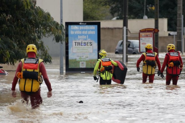 Flash floods kill at least 7 people in southwest France