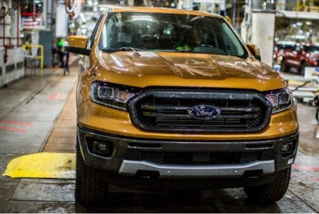 Ford opens Michigan plant to relaunch Ranger pickup, Bronco SUV