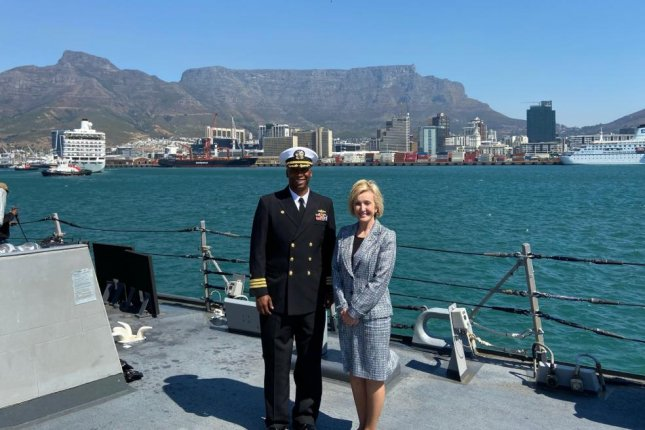 Cmdr. Christopher Carrol, L, and U.S. Ambassador to South Africa Lana Marks, R, pose aboard the USS Carney as it visited Cape Town, South Africa. Photo courtesy of Lana Marks/Twitter