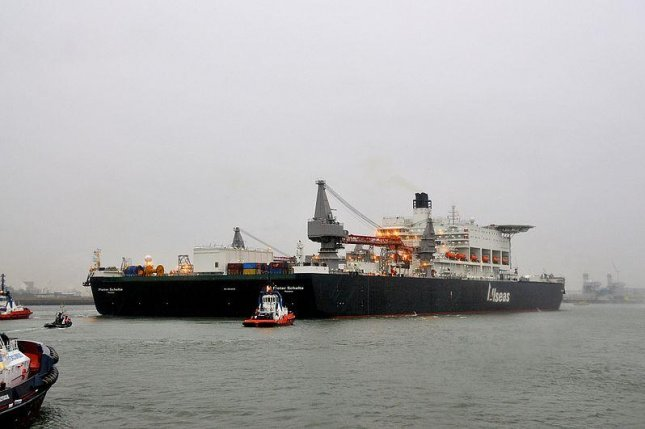 The Pieter Schelte, named after a Nazi war criminal, arrived at the port of Rotterdam. Photo by FaceMePLS/CC