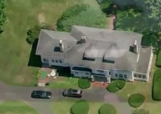 A New Jersey home is for sale for $10 to any buyer willing to work to literally move the home at least a quarter mile away from its current location.  Screen capture/CBS New York/Inform Inc.