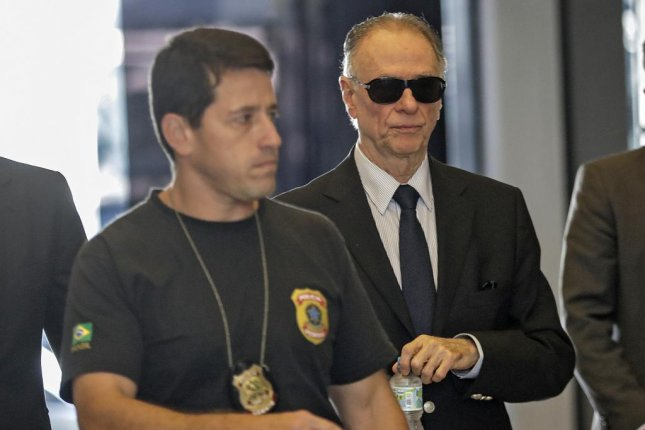 Arrested Rio chief had 16 gold bars