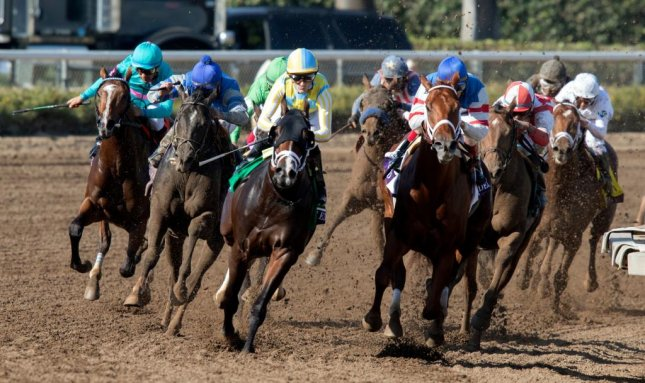 Classic Empire (center, black blinkers), seen winning the 2016 Breeders' Cup Juvenile, makes his 3-year-old debut Saturday at Gulfstream Park. (Breeders' Cup photo)