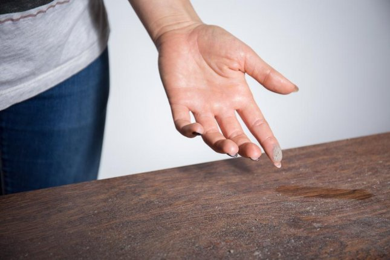 Antibacterial ingredients in indoor dust linked to antibiotic resistance