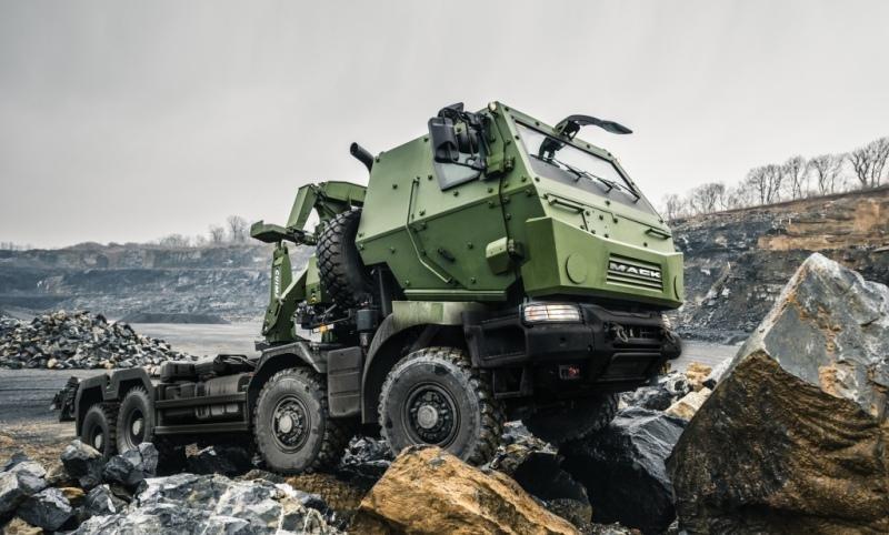 Canada orders trucks from Mack Defense