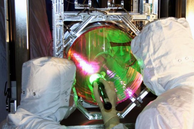 MIT scientists cooled a 22-pound object to a near quantum state standstill using the Laser Interfrometer Gravitational-wave Observatory's four 88-pound mirrors. Photo by Caltech/MIT/LIGO Lab