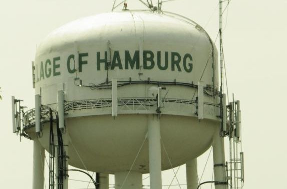 Residents of Hamburg, N.Y. have petitioned the town to paint an old water tower like a hamburger. Photo courtesy of Buffalutheran/Wikicommons