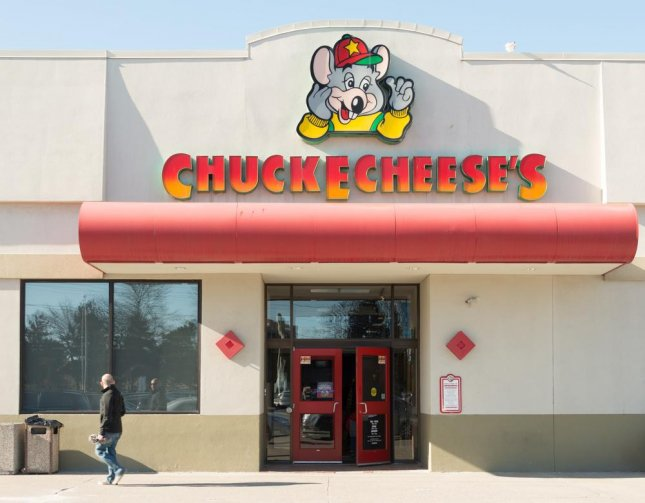 Kentucky man attempts to rob Chuck E. Cheese during job interview
