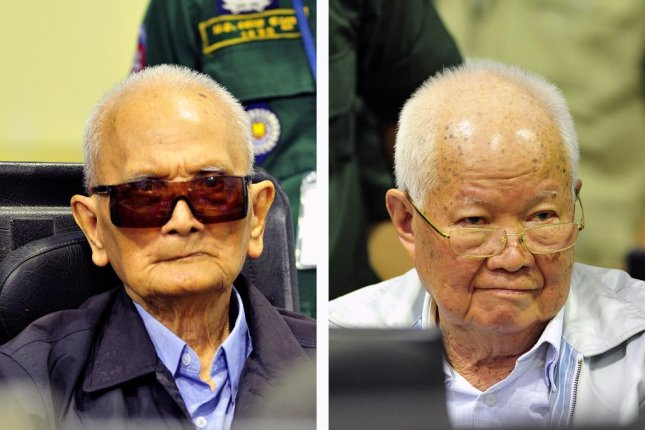 Former Khmer Rouge Deputy Secretary of the Communist Party of Kampuchea Nuon Chea (L) and former head of state Khieu Samphan are seen Friday in the courtroom at the ECCC in Phnom Penh, Cambodia. Photos courtesy Nhet Sok Heng/ECCC