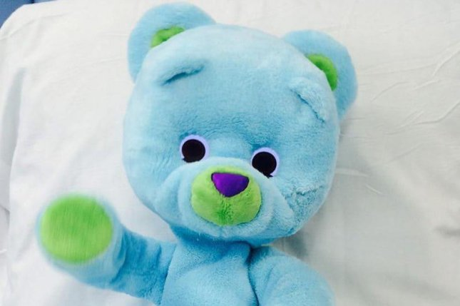 The plush bear boosted spirits, eased anxiety and lowered perceived pain levels, according to a study.Photo by Personal Robots Group/MIT Media Lab/HealthDay News