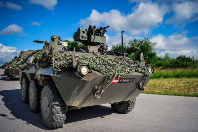 Austria orders Pandur 6x6 armored personnel carriers