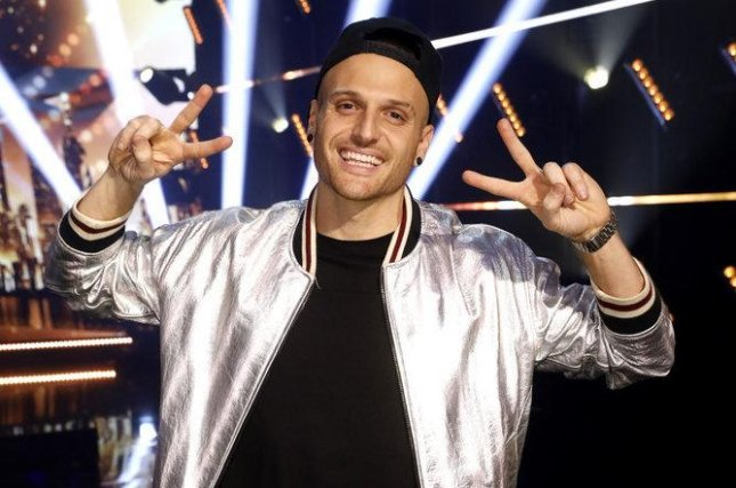 Magician Dustin Tavella wins Season 16 of 'America's Got Talent'