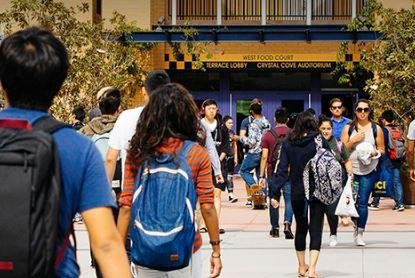 UC Irvine ready to readmit students who were accepted, then