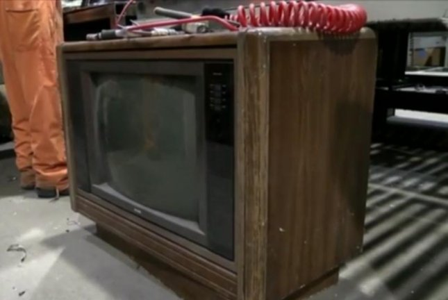 $100000 found inside old television