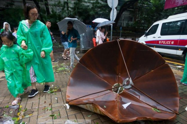Hong Kong issues highest typhoon warning; trading halted, flights cancelled