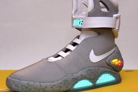Nike will release self-tying sneakers from  Back to the Future II  in 2015 698425fe9