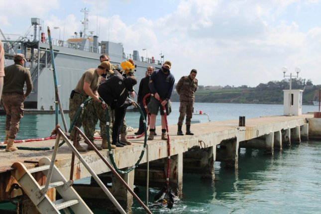 Divers from the U.S. and Tunisian navies on March 11 conducted their first bilateral dive engagement together in nearly a decade in Bizerte, Tunisia, the Pentagon officials said on Tuesday. Photo courtesy U.S. Navy