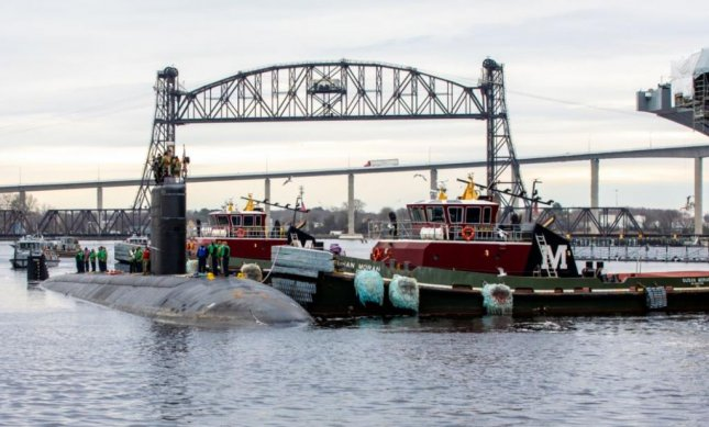 The submarine USS Toledo arrives at the Norfolk Navy Shipyards for an Engineered Overhaul, the Naval Sea Systems Command said on Friday. Photo courtesy of NNSY