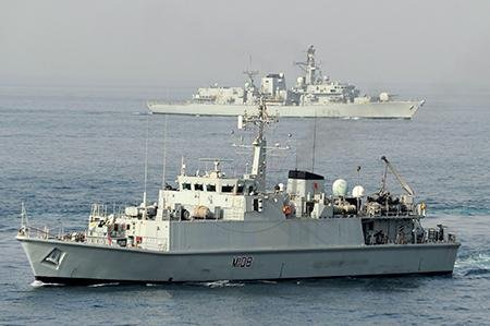 Sandown-class minesweeper HMS Grimsby, which conducted trials on the 2093 sonar. Photo courtesy of Thales.
