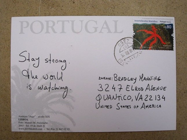 A postcard in support of Manning, courtesy of Ricardo Jose via Wikimedia Commons.