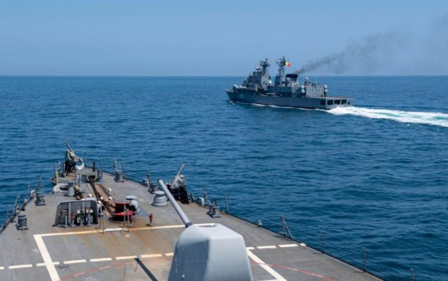 USS Ross arrives for Black Sea exercise as USS Laboon departs