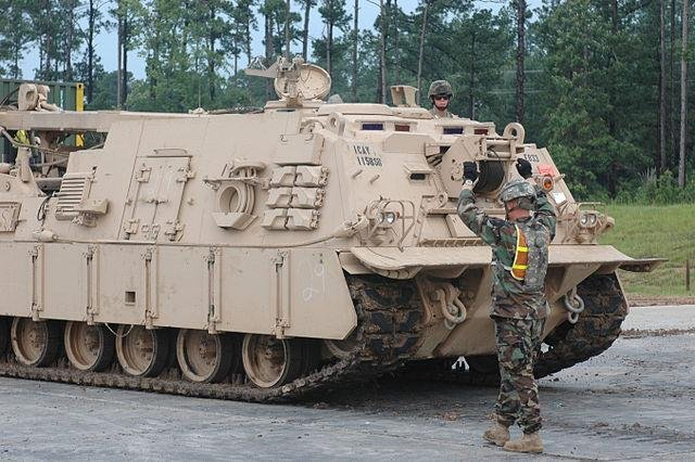 Members of the U.S. Army operate a M88A2 Hercules armored recovery vehicle, six of which the United States has recently sold to the Australian Army. Photo by Sgt. Jon Cupp/U.S. Army Images/Wikimedia