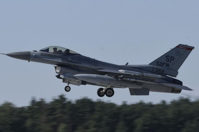A U.S. Air Force F-16 Fighting Falcon, assigned to the 480th Expeditionary Fighter Squadron, takes off at Łask AB, Poland, Aug. 21. The 480th EFS deployed to the 32nd Tactical Air Base in Łask AB, Poland, to participate in Aviation Detachment Rotation 20.4 in support of Operation Atlantic Resolve. Photo by Melody W. Howley/U.S. Air Force
