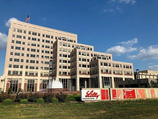 Federal regulators have halted Eli Lilly's late-stage trial for an antibody treatment for COVID-19. File Photo by Momoneymoproblemz/Wikimedia Commons