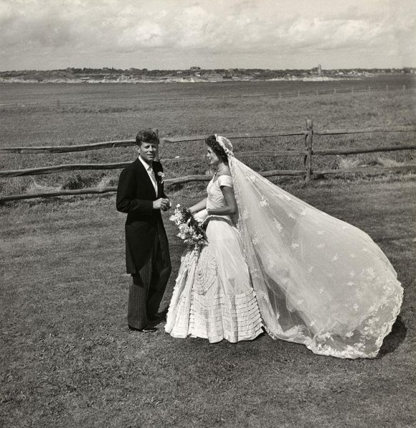 U.S. Senator John Fitzgerald Kennedy and Jacqueline Bouvier Kennedy on their wedding day, September 12, 1953, in Newport, Rhode Island. Photo by Toni Frissell/Library of Congress