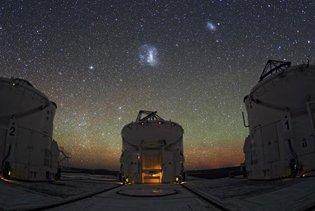 Astronomers working on the Next-Generation Transit Survey are using telescopes in Chile to investigate single-transits, potential exoplanet candidates, initially recorded by NASA's TESS telescope. Photo by Y. Beletsky/LCO/ESO