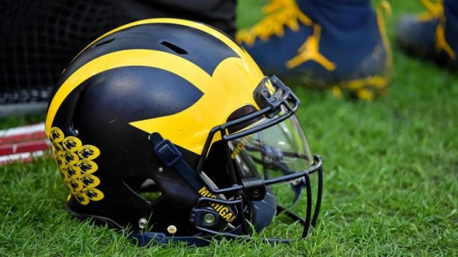 big sale c9b43 113b7 NCAA gives Michigan QB Patterson hope he might play in 2018 ...