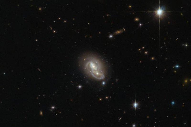 hubble galaxies pair - photo #6