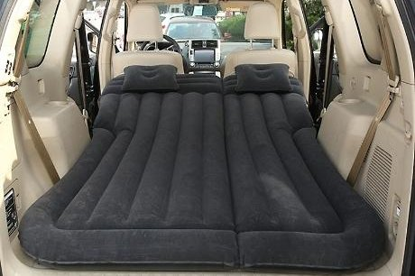 Sales of in-vehicle sleeping pads and dome-to-go hatchback tents have increased. Photo courtesy of WeMakePrice