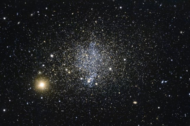 ThePhoenix dwarf galaxy is one of the few dwarf galaxies capable of generating new stars. Photo byEuropean Southern Observatory