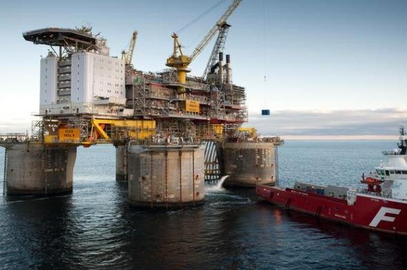 Norwegian governments signs off on new drilling permits for two companies for work in the North and Barents Seas. Photo courtesy of the Petroleum Safety Authority of Norway